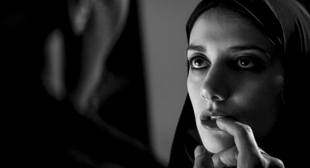Bild für den Film A Girl Walks Home Alone at Night